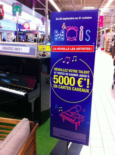 Carrefour_piano_facebook2